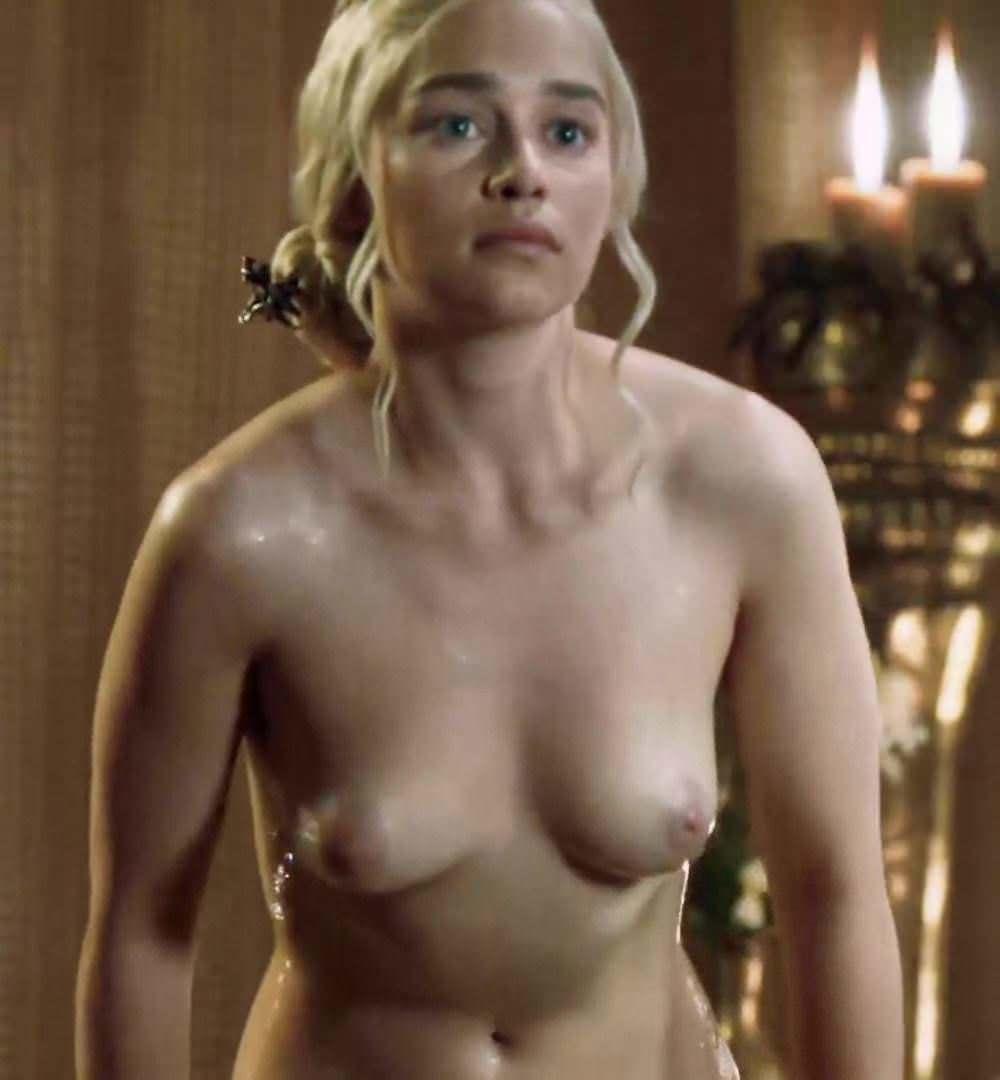 Emilia Clarke Nue