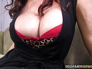 Janet mason loves to swallow cum Janet mason tries mandingos huge black cock