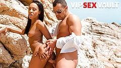 sensual Antonio Ross PORNDOE PEDIA - Beach Fun With Sexy Brazilian Teen Noe Milk anal gape