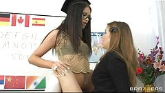 Brazzers - Dominant brunette fingers her student to orgasm
