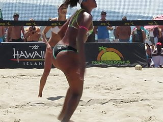 Sports illistrated barly bikinis Anyone for a game of beach volleybooty pt 2