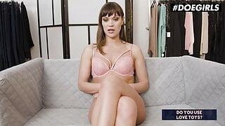 #DOEGIRLS Alyssa Reece Interview Turns Into Hot Masturbation