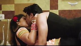 Chutiya Kat gaya 4 boys fuck call girl bhabhi