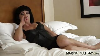 I want to watch you suck another man's cock