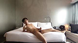 Skinny Asia Boy Wank his Nice Dick