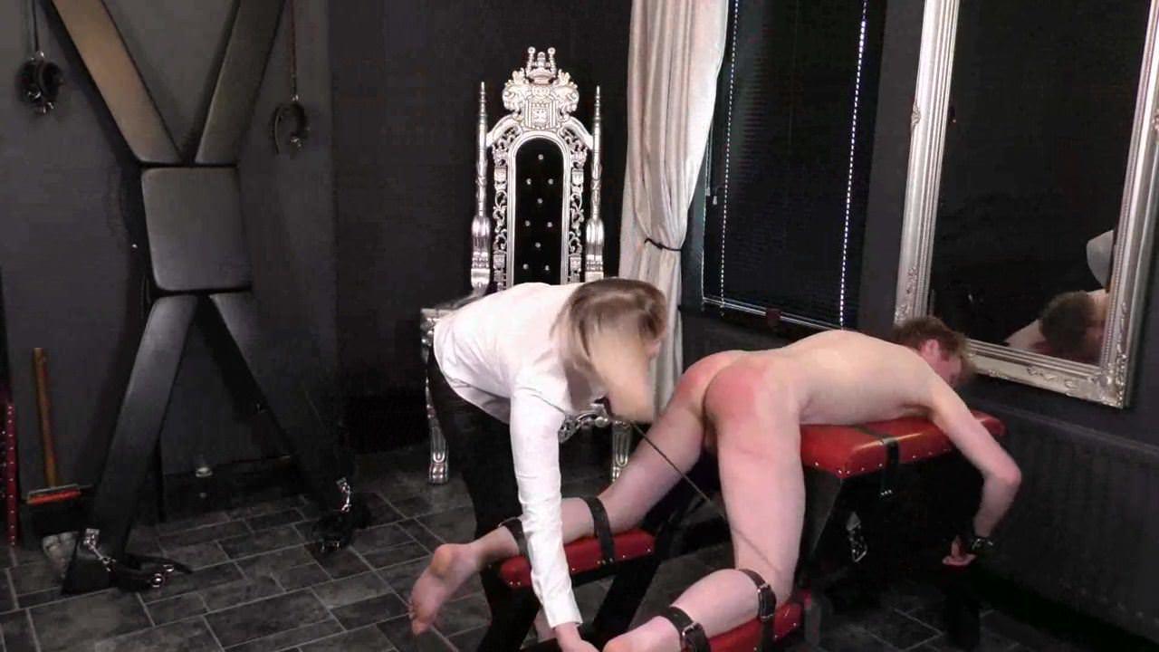 Slave Lick Mistress Ass