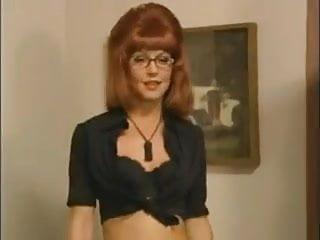 Redhead celebrities in bikini Beverly lynne - bikini a go-go 02