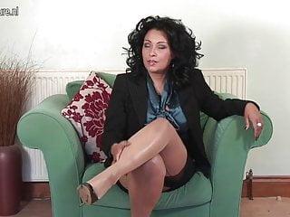 Hd matures uk - Amazing uk mom with big boobs