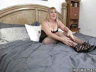 Rebecca foot fetish model florida Florida milf rebecca loves playing with a purple sex toy