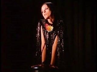 Erotic cabaret boutique Red rose erotic cabaret - vintage striptease beauty