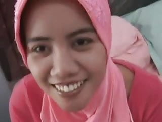 Malaysian tranny Hijab amateur blowjob and fuck