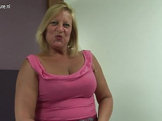 Grandma sex tgp - Hot british grandma loves her dildo