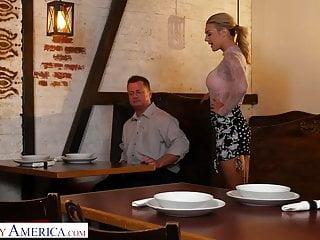 Cheaptrick sex america - Naughty america - gabbie carter fucks her friends dad