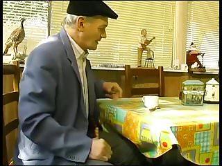 Maud adams naked Maude baccardi baise avec un vieux.