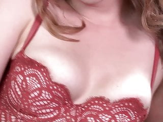 Apricot breasts Big vibrator on apricot pitts clit to orgasm