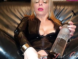 Enema videos porn - Slave slut-orgasma celeste latex enema speculum orgasm
