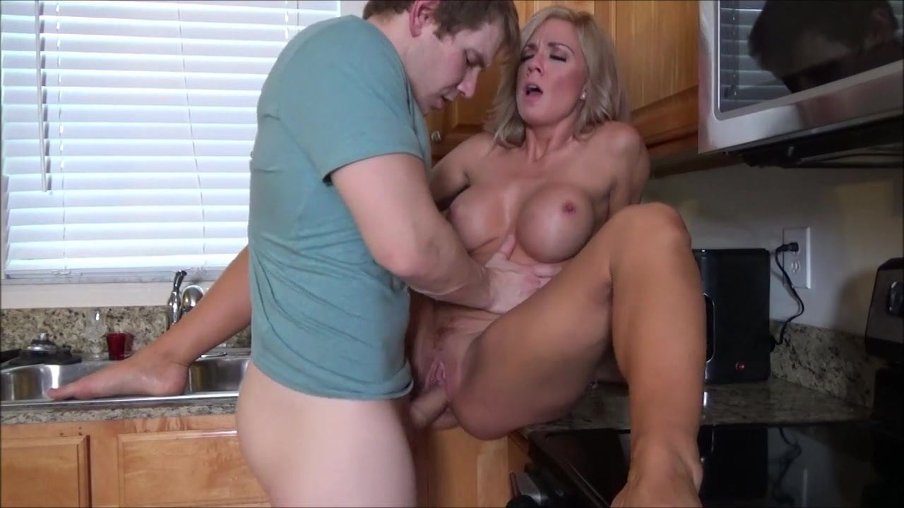 Mom Fuck Son In His Birthday Free Porn Images