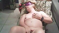 she fingers herself blindfolded