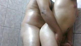 2 video - Latin couple