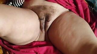 Stepmom pussy licking