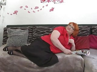 Huge lesbian breasts Huge breasted big mature mom sucking and fucking