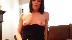 Hot cougar masturbates on cam