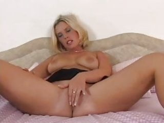 Old women sex acts Black and blonde sex acts 1