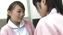 JAPANESE GIRLS KISS 17