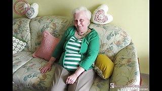 OmaGeiL Pics of Grannies Sucking Dicks Slideshow