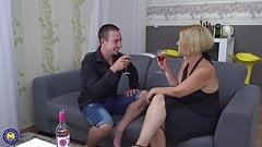 Amateur mature mommy fucks her boy
