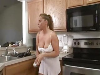 Fake stacy fergison naked - Milf stacie needs a facial