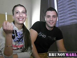 Juan manuel bernal con pareja gay - Preciosa jovencita mamadora con su pareja de brunoymaria