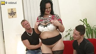 Sexy MOM suck and fuck not her STEP SON and step son