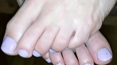 Homemade fucking with cum at her toes