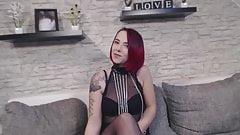 Body Striptease Nina