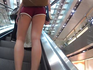 Nice asses in shorts Nice ass cheeks in shorts on elevator