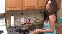 Son Fucks Busty Step Mom in Kitchen - Family Therapy