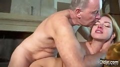 Young Girl Likes To Fuck By Old Man Dick Cumshot