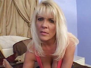 Mr garrison hentai - Mrs jerrika fucks young stud