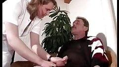 Affare mit der Pflegekraft