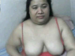 Lick her own tits - Fat filipina mom rowena sotito licking her own boobs