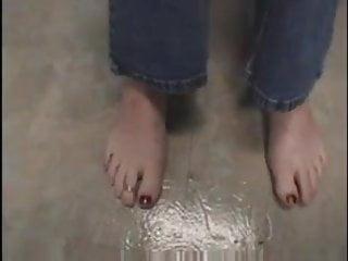 Woman sex feet Mature woman shows feet