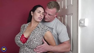 Booty busty mom suck and fuck lucky stepson