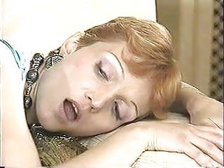 Redhead lesbian anal - Classic lesbian anal fisting scene