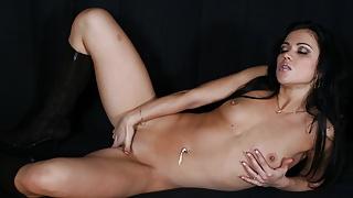 Mandy More masturbating her pussy