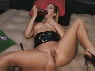 Spanking girls sex Spanking herself to orgasm