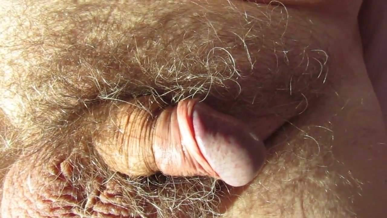 My limp cock cummin