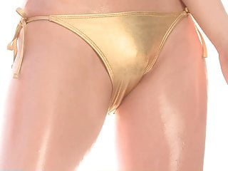 Nude oil woman - Risa end of summer - oiled up gold bikini non-nude