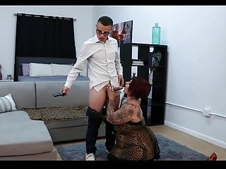 Gay tv seriers - Mature bbw fucks the tv repair guy