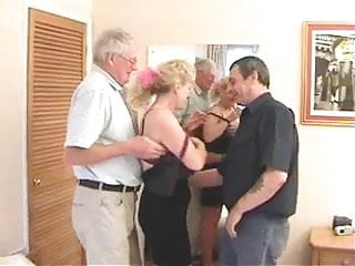 Mom stockings sex - Dads do mom